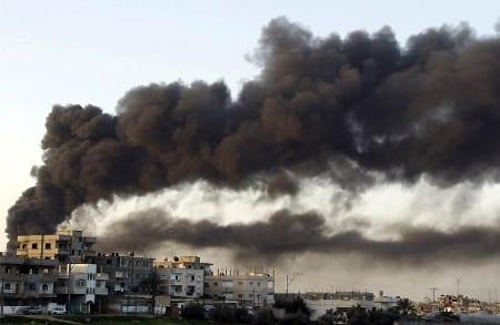 Israeliskt flyganfall mot Gaza i december 2008. Foto: Flickr/Amir Farshad Ebrahimi/CC BY-SA 2.0