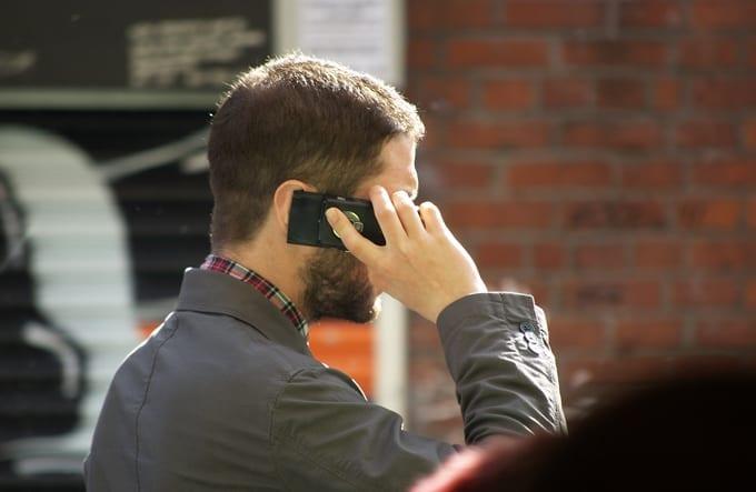 """Mobilstrålningen – """"vår tids största hälsoskandal"""""""