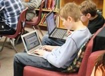 Trots namnet är laptops olämpliga att ha i knät. Foto: Enokson/CC BY-NC-SA 2.0