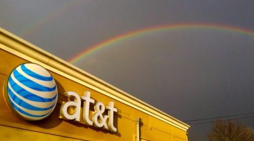 AT&T köper Time Warner – för 760 miljarder