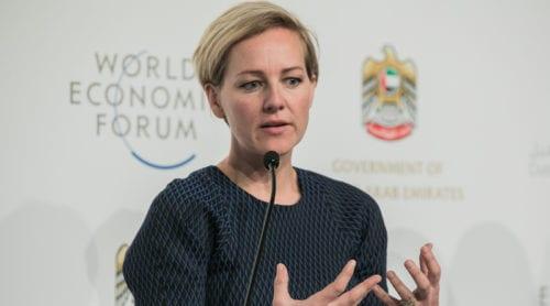 "Ministerns vision: ""År 2030 lever vi gott utan ett privatliv"""