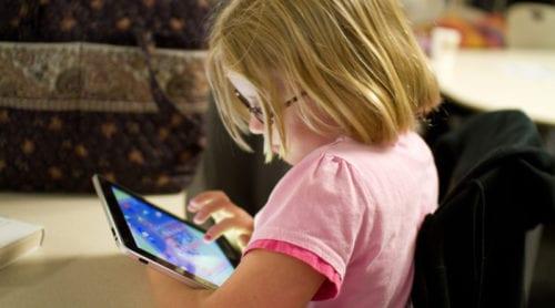 Riksdagsledamot: Ersätt wifi med trådbundet