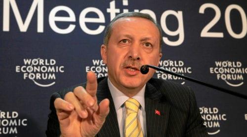Turkisk militär ockuperar grekiskt territorium