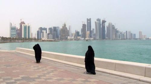 Arabiska stater fryser ute Qatar