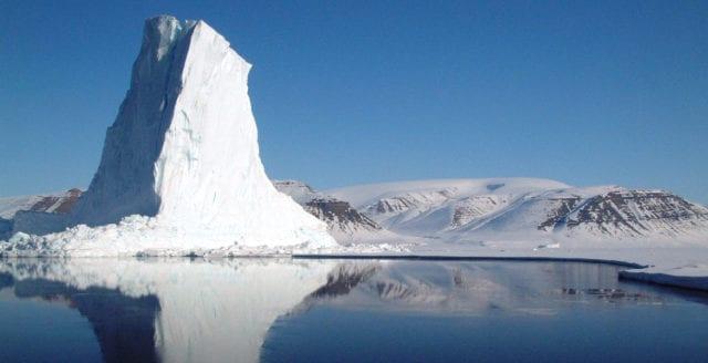 Vem älskar is? Landisar växer – havsisar växlar