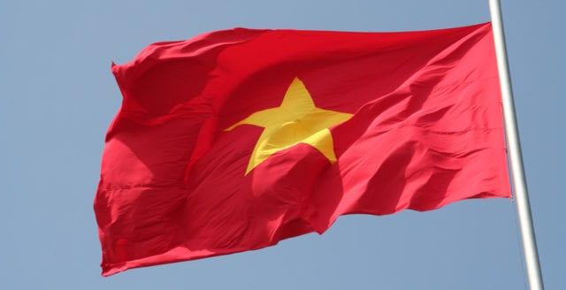 Vietnam fängslar oppositionell bloggare