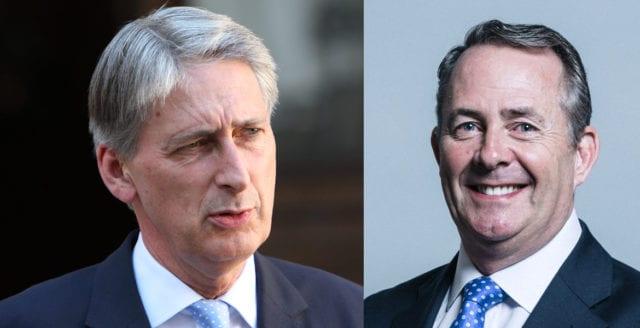 """Storbritannien genomför """"hård"""" Brexit i mars 2019"""