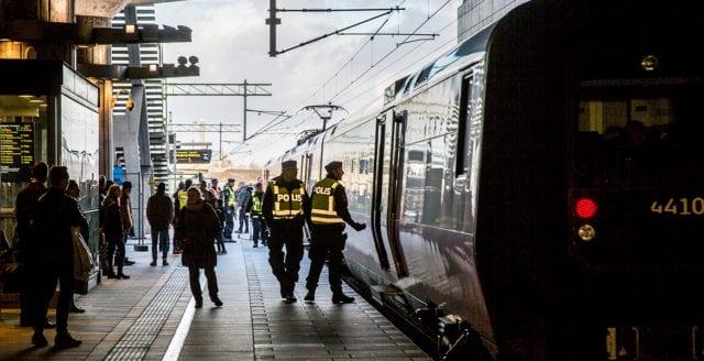 40-åring svårt knivhuggen vid tunnelbana