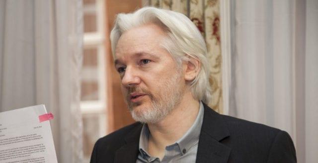 Våldtäktsutredningen mot Julian Assange läggs ner