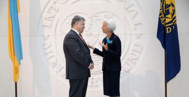 Porosjenko vill se omröstningar för att ansluta Ukraina till Nato och EU