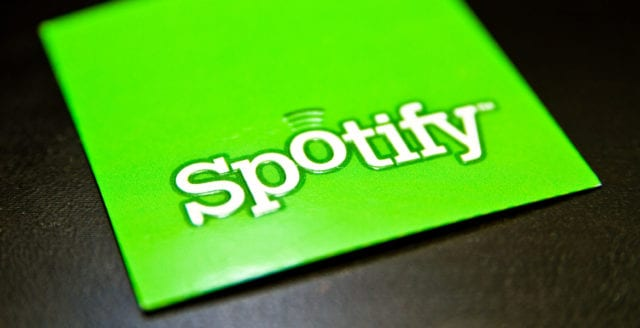 Spotify stäms på miljardbelopp
