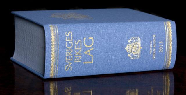 """Hovrätten upphäver utvisning efter """"klanintyg"""""""
