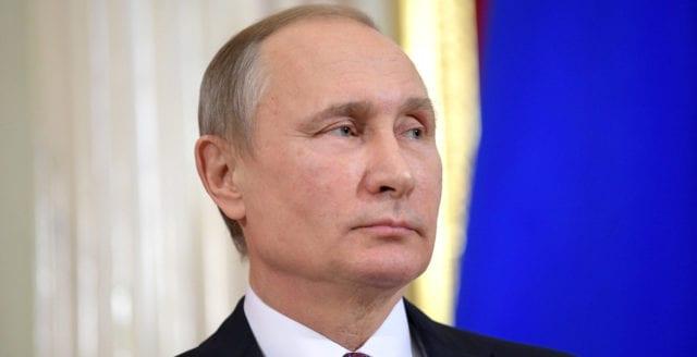 Förkrossande majoritet röstade för ryska grundlagsändringar