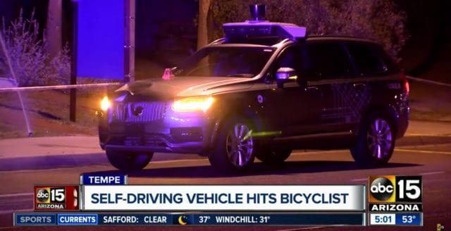 Uber stoppar självkörande bilar – efter dödsolycka