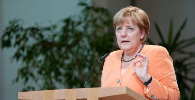 Tusentals tyska intellektuella i upprop mot massinvandringen