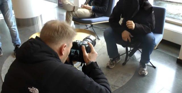 DN-fotograf ofredade oberoende journalister vid DN:s huvudkontor