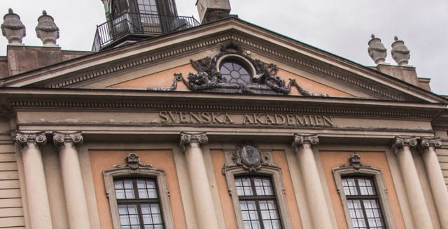 """""""Svenska Akademien har blivit en otidsenlig institution"""""""