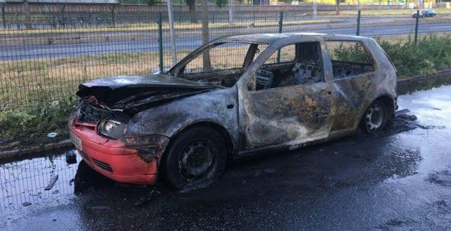 Bil uppeldad i Bromma