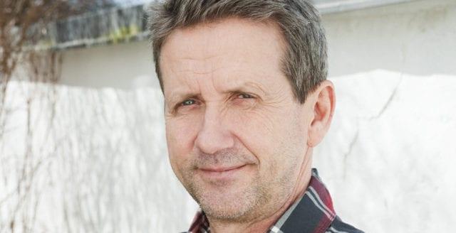 Martin Timell stämmer mainstreammedier för förtal