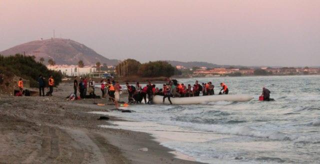 Lesbos: Vandaliserad kyrka används som toalett av illegala migranter