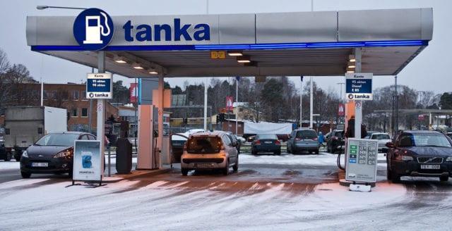 MP vill förbjuda bensin- och dieselförsäljning i hela Stockholm
