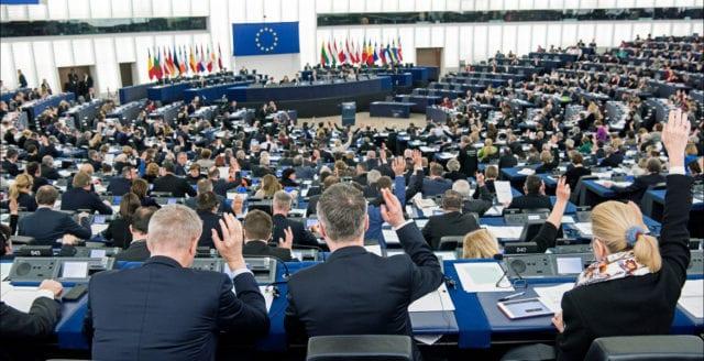 """EU-parlamentet vill förbjuda """"hatpropaganda"""" om coronaviruset"""