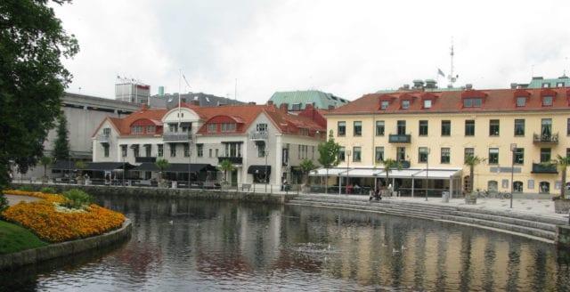 Borås: två väpnade rån och en dödsskjutning på samma kväll