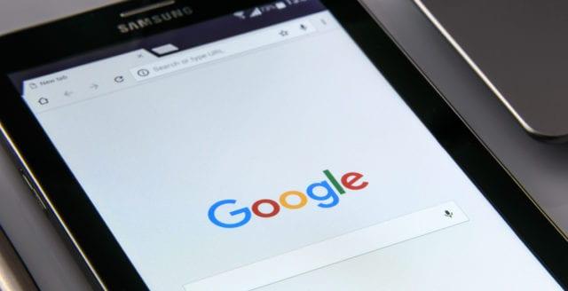 Google fortsätter manipulera mediasfären