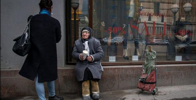 Fattigdomen har mer än halverats sedan år 2000