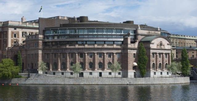 Viktiga hot mot svensk demokrati