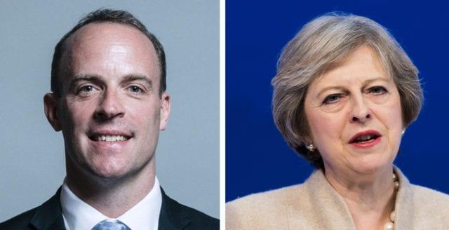 """Brexitminister avgår: """"Theresa Mays deal ger EU veto om Storbritanniens utträde"""""""