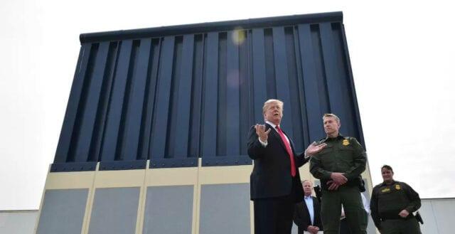 Donald Trump utlyser nationellt nödläge för att finansiera muren