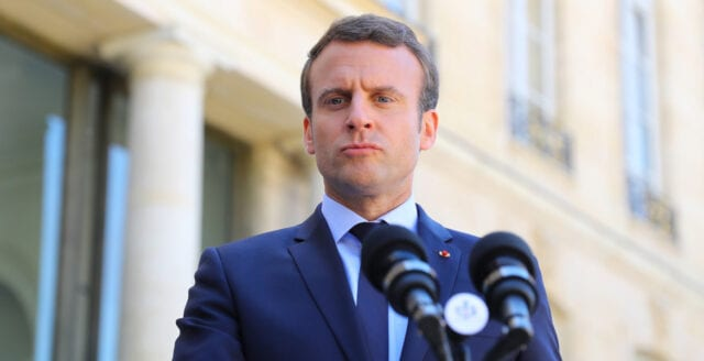 Frankrike inför utegångsförbud – hävdar att man vill skydda medborgarna