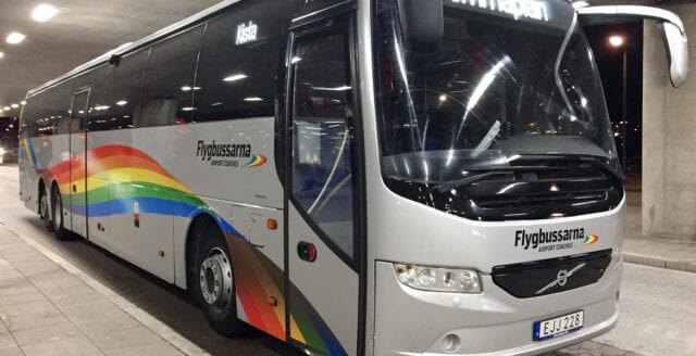 Bråk stoppade flygbuss – polis fick ingripa