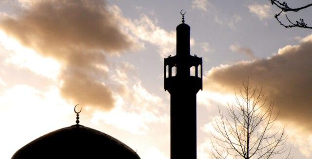 Nya moskéer planeras i Växjö och Luleå