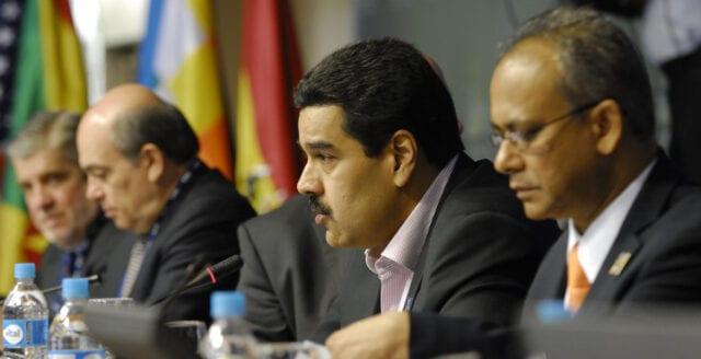 Är inte Macron ett större problem än Maduro?