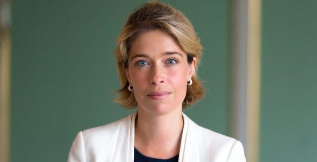 Annika Strandhäll hyllar censur av medborgarjournalistisk kanal