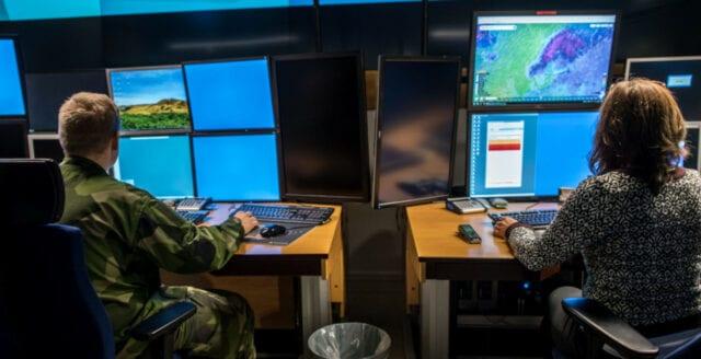 Försvaret rustar för cyberkrigföring