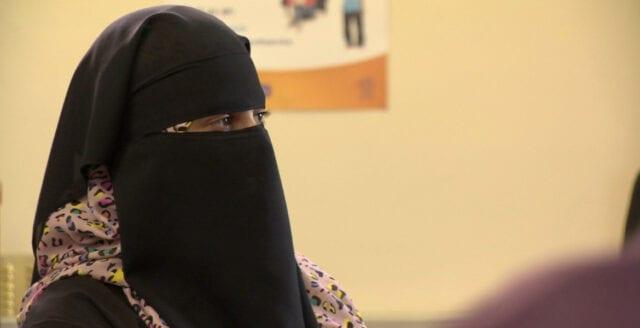 Ombads att ta av sin niqab – eller lämna lokalerna
