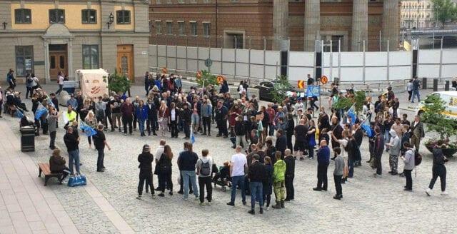 Protest mot förbud av runor