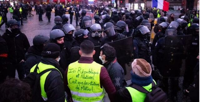 Frankrike: Gula västarna ställer upp i EU-valet, Le Pen ingår samarbete med Alternativ för Sverige