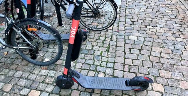 Elsparkcyklist misshandlade polis efter tillrättavisning