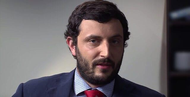 Insidern Greg Coppola varnar: Google tar politiskt ställning