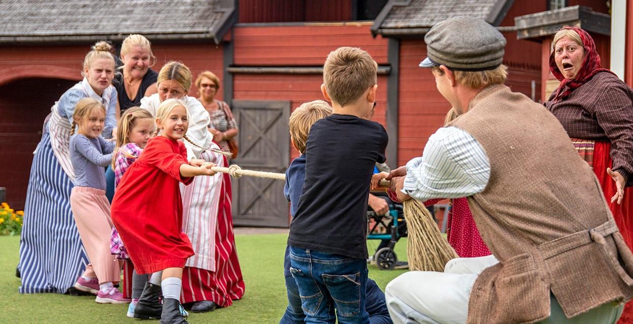Astrids Lindgrens Varld Soker Barnskadespelare Efterfragar