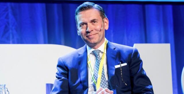 Schibstedt-profiler kräver hårdare regler för sociala medier