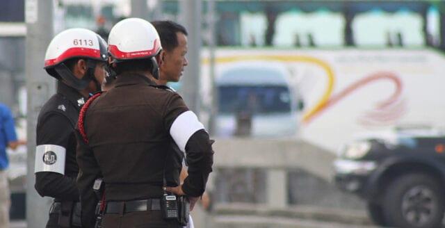 Minst 15 döda i terrorattack i södra Thailand