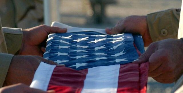Saudisk militär bakom masskjutning på amerikansk militärbas