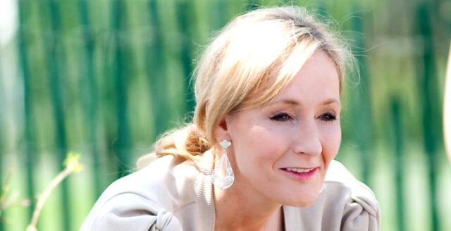 J.K Rowling anklagas för transfobi