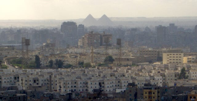 Egyptens befolkning når hundra miljoner