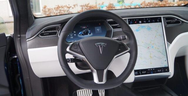 Apple-ingenjör som dog i Tesla-krasch hade tidigare varnat för allvarliga fel